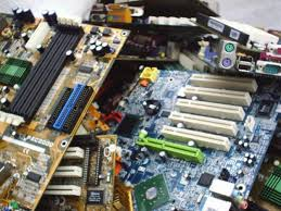 Electronic and computer scraps for sale